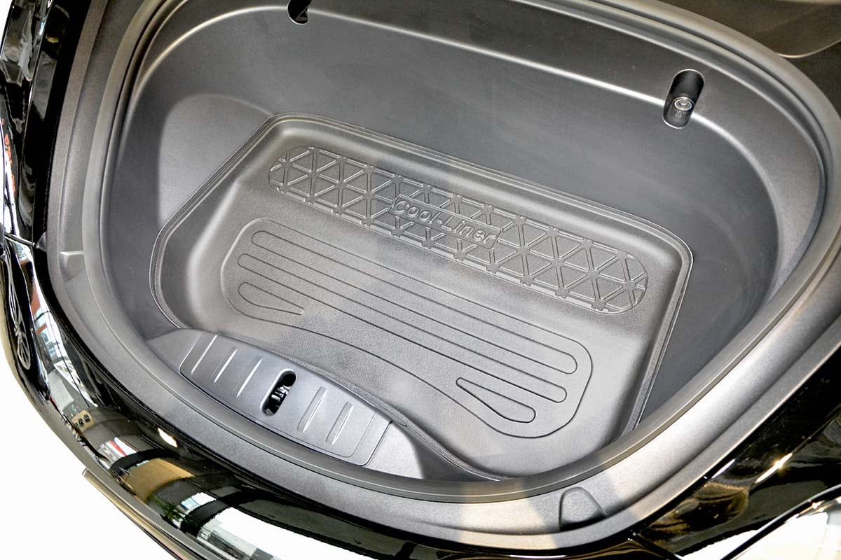 Rear cargo boot trunk mat Tesla Model 3